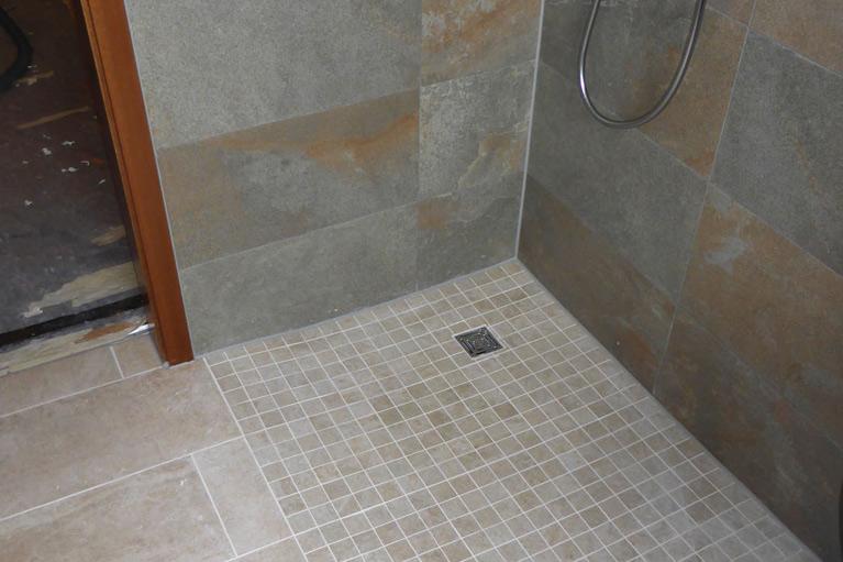 Offene Dusche